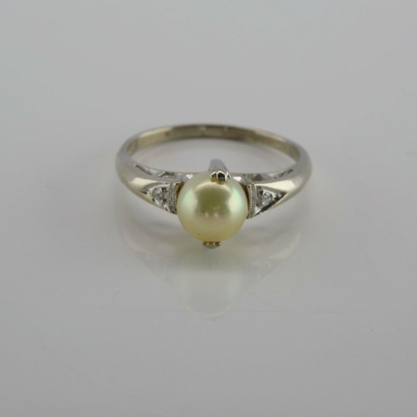 Vintage 14K White Gold Pearl and Diamond Accent Ring Size 6 Circa 1960