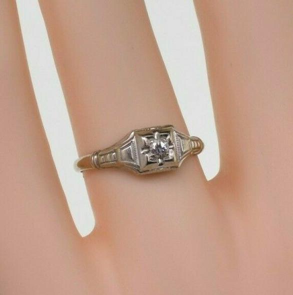 Antique 14K White Gold Diamond Art Deco Solitaire Ring Size 6 Circa 1930