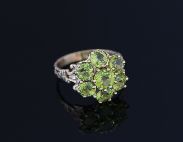 10K Yellow Gold Peridot Cluster Ring Circa 1960, Size 8.25