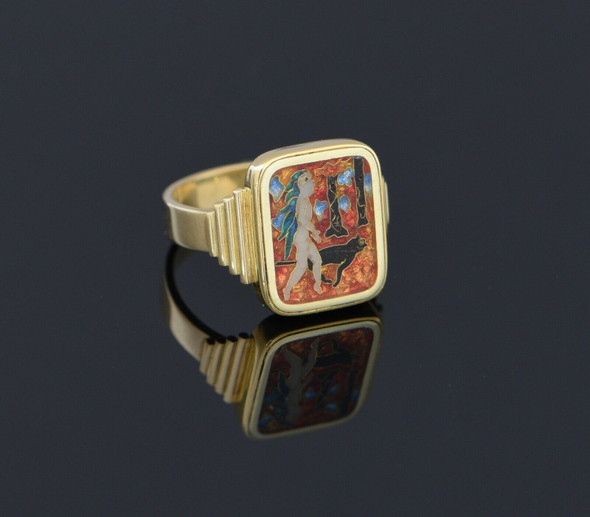 18K Yellow Gold Enamelled Ring, Size 7.25