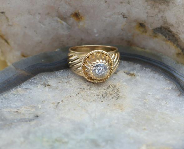 18K Yellow/Rose Gold Diamond Ring Circa 1960, Size 7