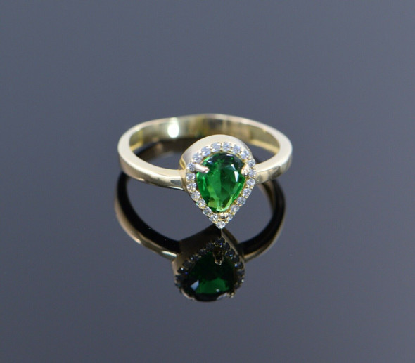 14K Yellow Gold Green Stone and Cubic Zirconia Halo Ring, Size 8.5
