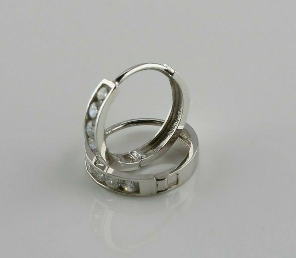 14K White Gold Diamond Hoops 18 Chamor Set Stone 1.5 Ct TW H SI2