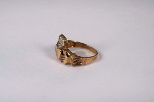 10K Yellow Gold Claddagh Ring with a Diamond Chip, Size 7.25