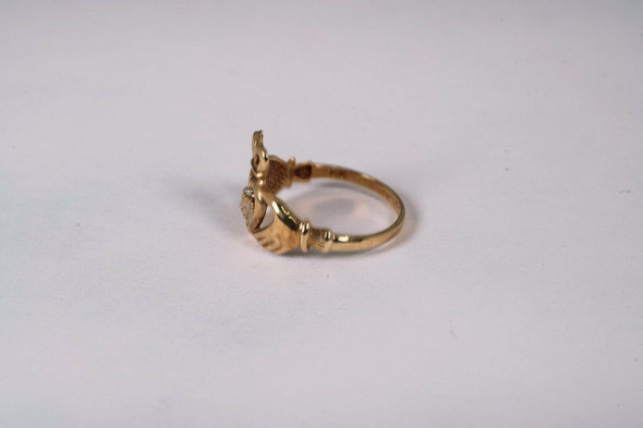 10K Yellow Gold Claddagh Ring, Size 7.75