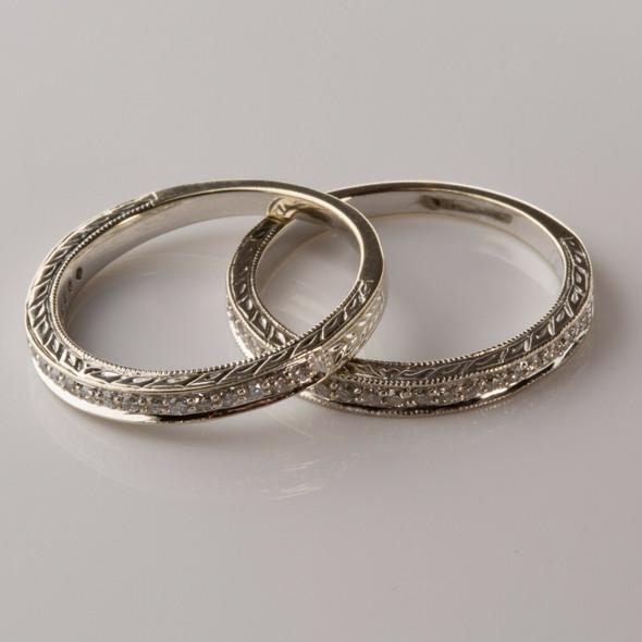 18K WG Carved Diamond Bands 1 ct tw Designer Signed Art Deco Ring Size 7