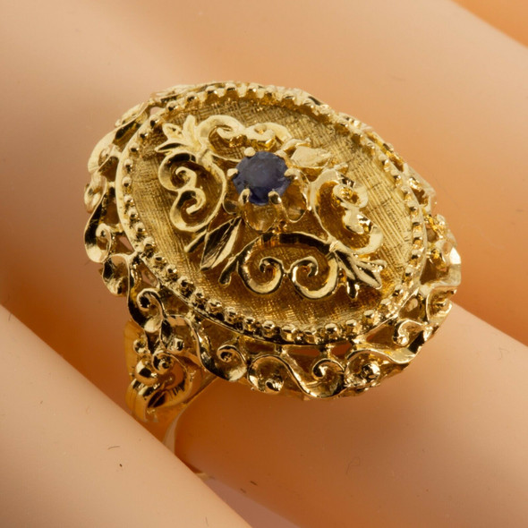 Vintage 18K Yellow Gold Sapphire Baroque Style Ring Size 6.5 Circa 1960