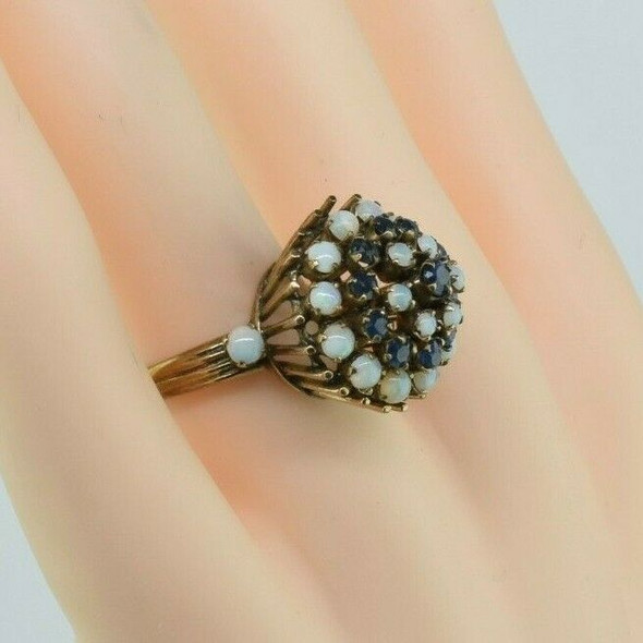10K Yellow Gold Opal Cabochon and Faceted Sapphire Ring Size 6.5 Circa 1950