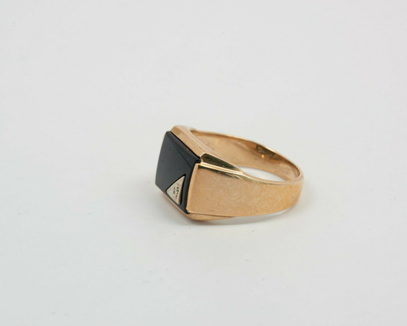 10K Yellow Gold Men's Black Onyx Ring with Diamond Accents Circa 1950, Size 9.25