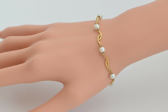 14K Yellow Gold Modernist Pearl Bracelet, Circa 1970