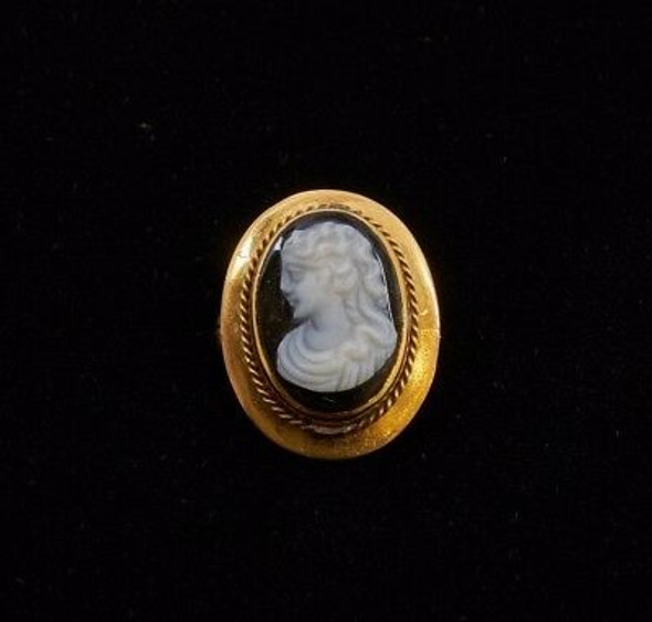 Vintage 10K Yellow Gold Cameo Brooch with Black Onyx Backing