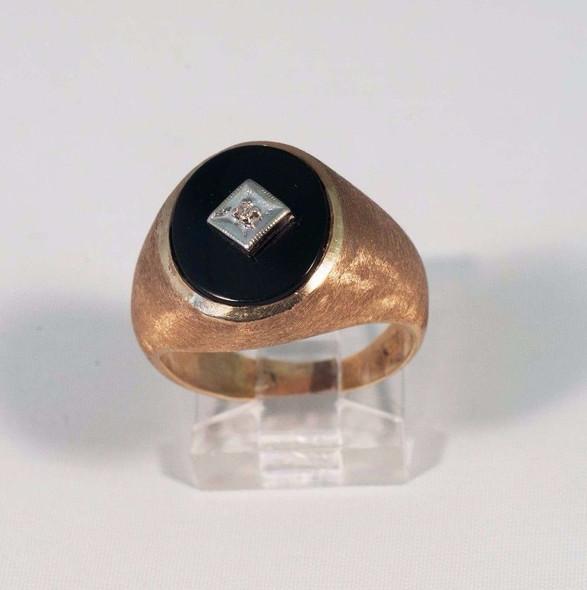 10K Yellow Gold Men's Black Onyx and Diamond Ring, Size 7.5