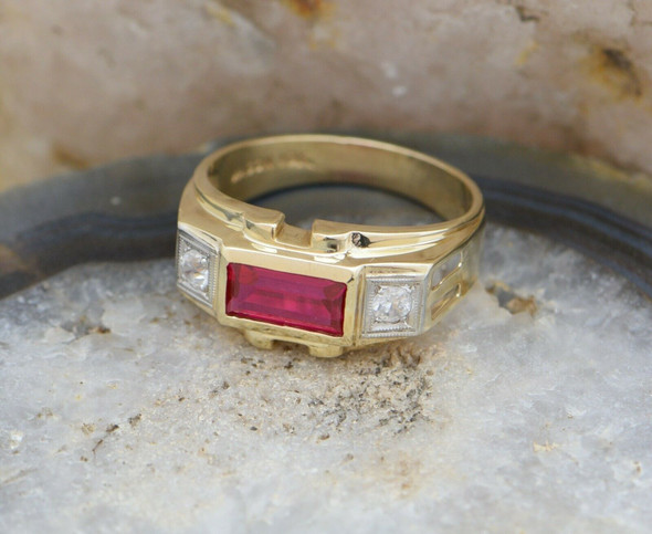 10K Yellow Gold Men's Synthetic Ruby Ring Circa 1950, Size 10.75