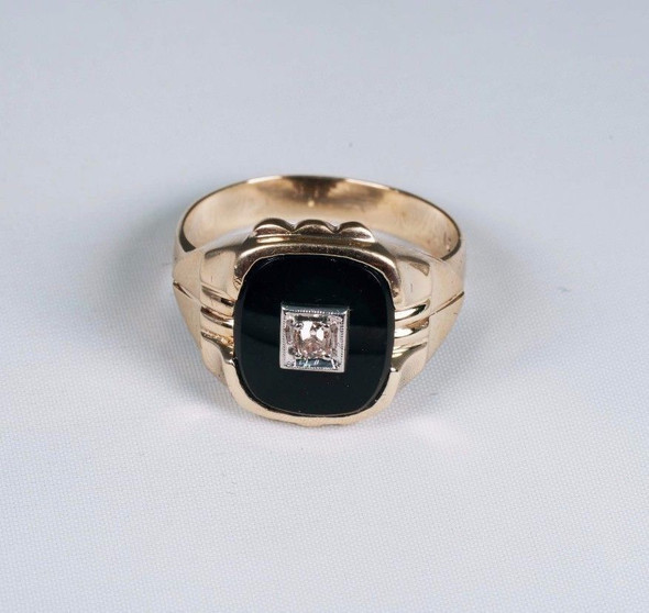 10k Yellow Gold 1940's Men's Black Onyx and Diamond Ring, Size 10.25
