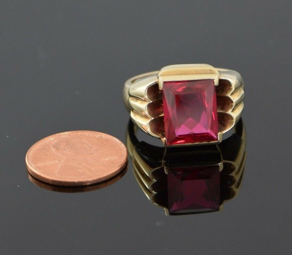 10K Yellow Gold Men's Deco Style Red Spinle Ring Circa 1950, Size 10