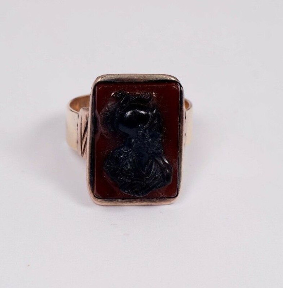 10K Yellow Gold Men's Antique Cameo Ring, Size 13