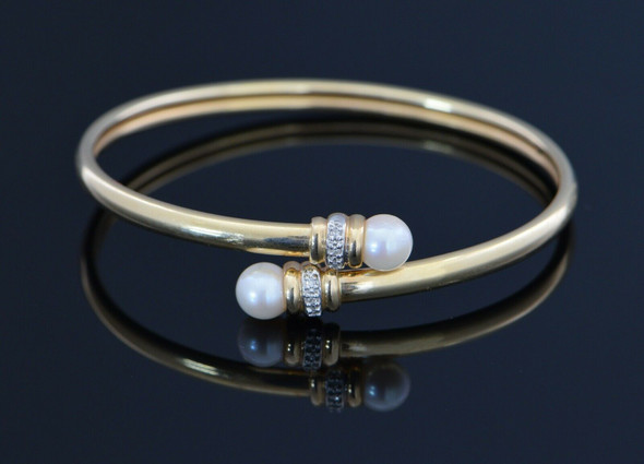 14K Yellow Gold Bracelet Open with Pearl Ends and Diamond Accents