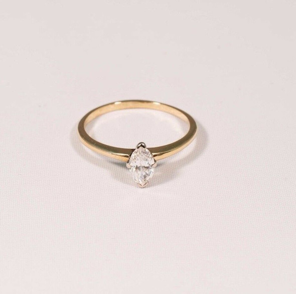 10K Yellow Gold Lady's Marquise Cut Diamond Engagement Ring, size 6