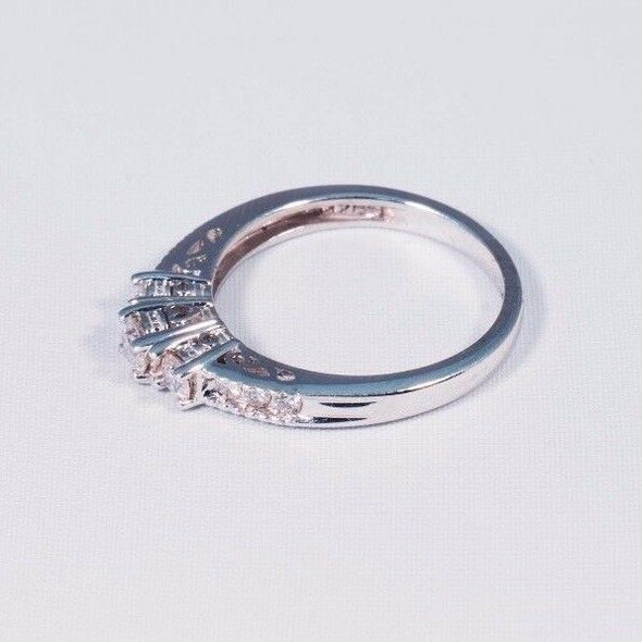 14K White Gold Diamond Engagement Ring Heart Design, size 7