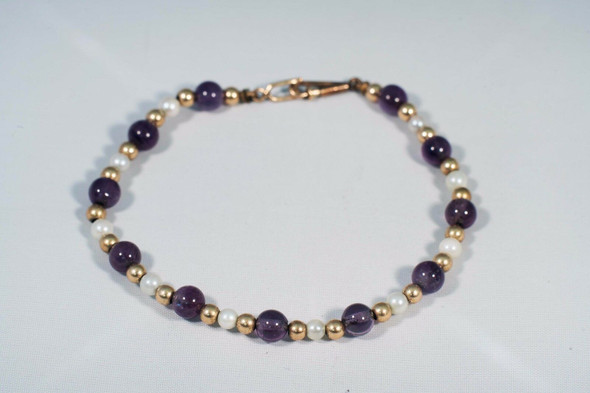 "14K Yellow Gold Amethyst, Pearl and Gold Bead Bracelet, 5.75"" long"