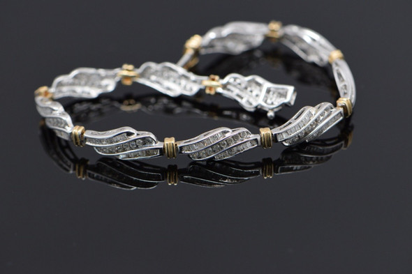 10K White Gold Diamond baguette bracelet 3 ct tw