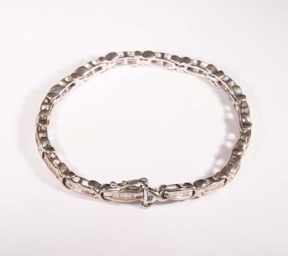10K White Gold Diamond Baguette Tennis Bracelet 2 ct. tw. 6.75""