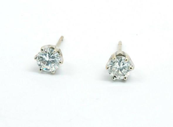14K White Gold Diamond Stud Earrings app. 0.80 ct. tw. H SI 2