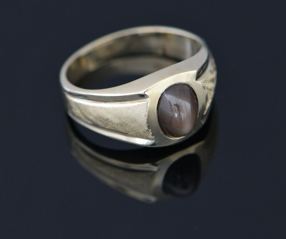 10K Yellow Gold Light Brown Synthetic Star Sapphire Ring, Size 7.75
