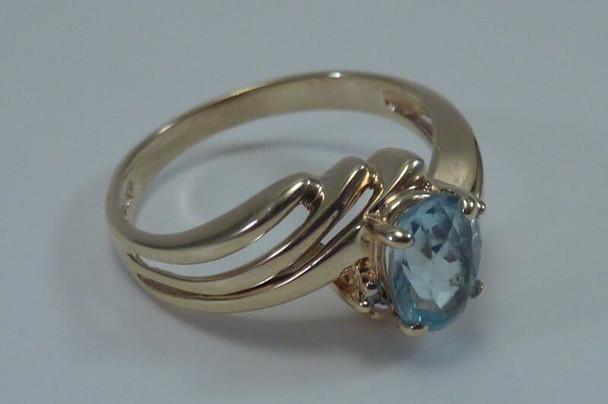 10K Yellow Gold Aquamarine Ring, Size 6.5