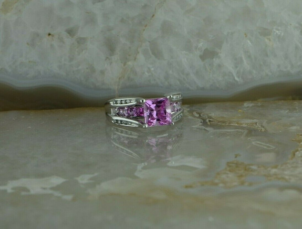 10K White Gold Pink Cubic and Diamond Accent Ring Size 6.5