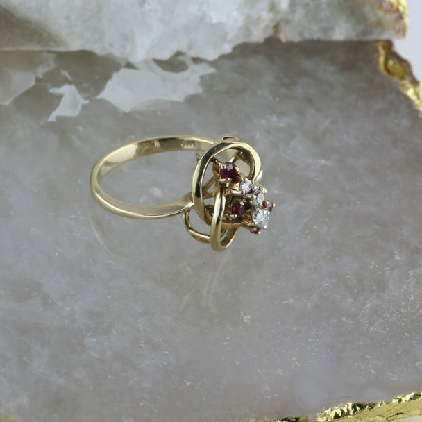 14K Yellow Gold 1/3 ct tw Ruby and Diamond Cluster Ring Size 6.5 Circa 1960