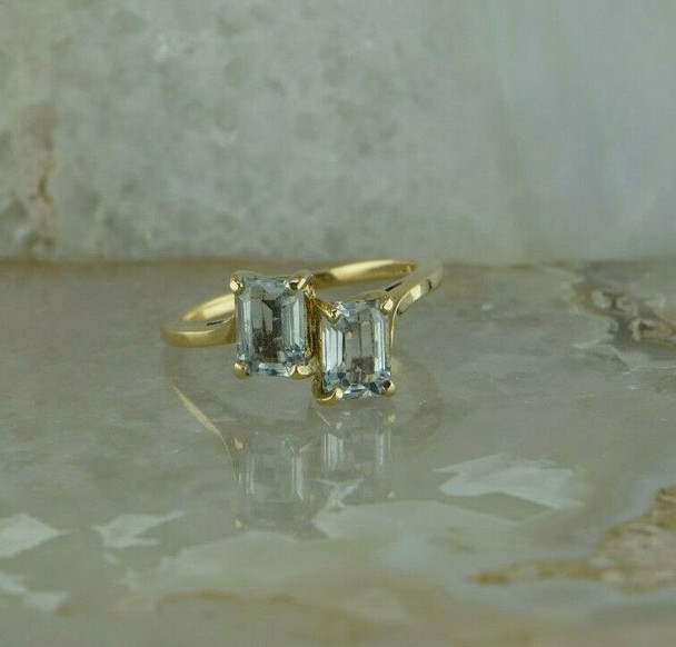 10K Yellow Gold Aquamarine 2 Stone Ring Bypass Design Size 6.5 Circa 1970