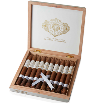 El Jefe ~ Box ~ 10 Cigars