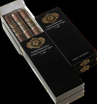 Comandante Serie M ~ Pack ~ 3 Cigars