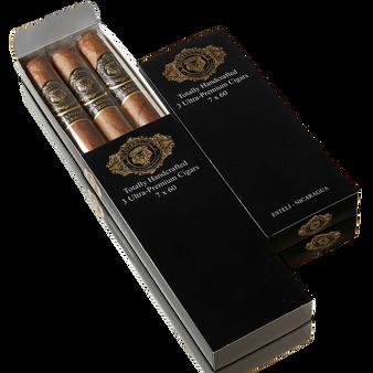Comandante Serie E ~ Pack ~ 3 Cigars