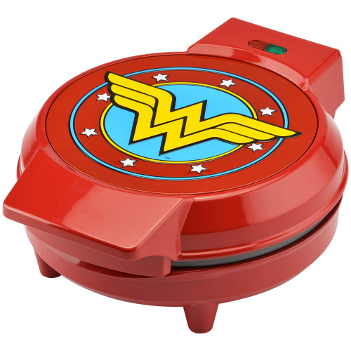 Wonder Woman waffle maker DCW-250CN Select Brands