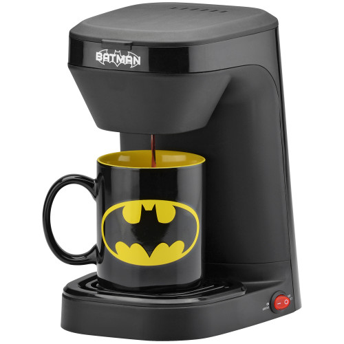 Batman 1-cup coffee maker with 12 ounce mug DCB-123CN Select Brands