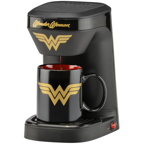 Wonder Woman 1-cup coffee maker with 12 ounce mug DCW-123CN Select Brands