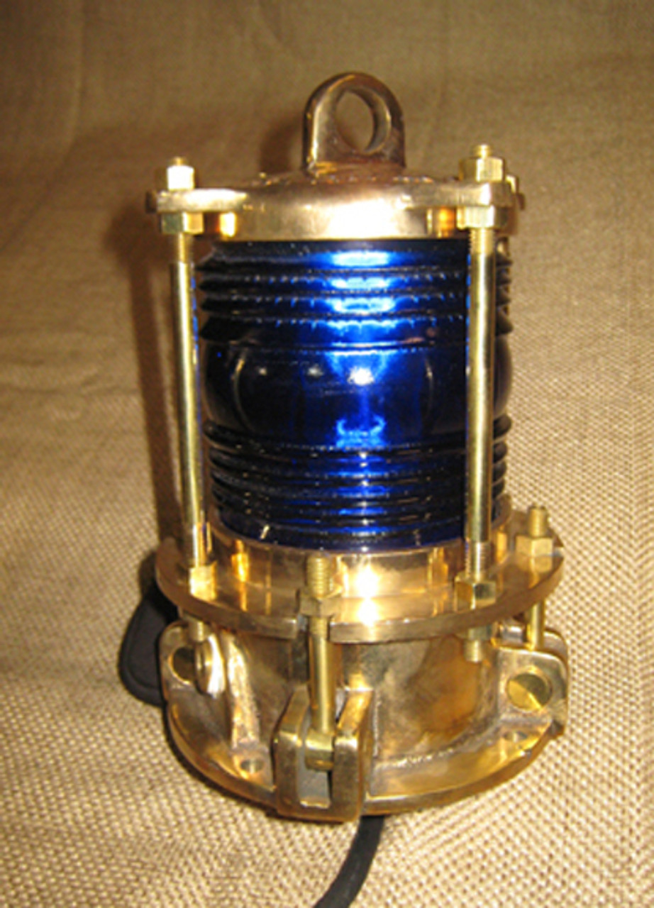 dock piling light with aviation blue lens