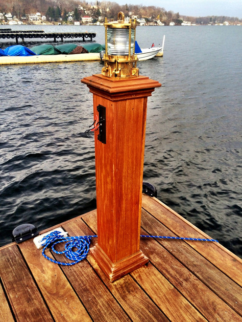 bronze dock light