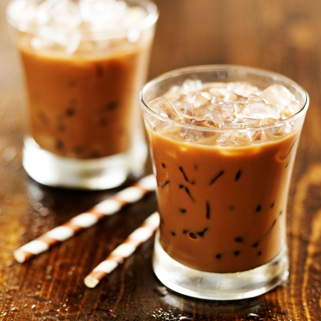 Authentic Thai Tea Preparation
