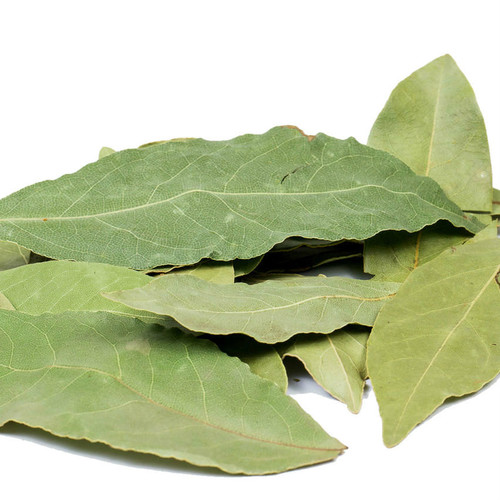 Turkish Hand-Selected Bay Leaves are the aromatic foliage of the Bay Evergreen Tree, boasting a woody, astringent essence that is used to infuse savory, balanced flavor into recipes. Tie in a bundle with other herbs and add to recipe, removing before serving. Wonderful in soups, pasta sauce, baked with potatoes or cooked with fish. Amplify warm spices and meaty flavors.