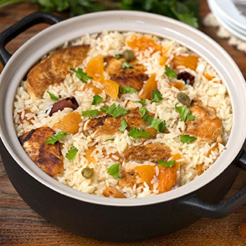 Aromatic Rice with Apricots and Chicken
