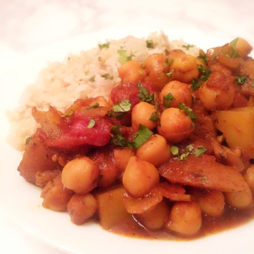 Chickpea and Potato Curry in a Hurry