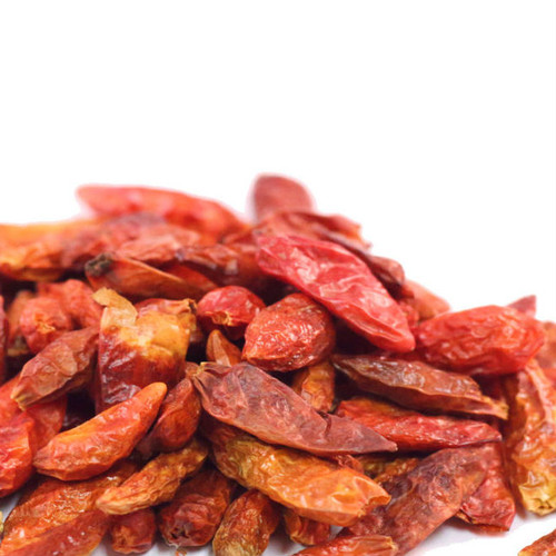 Piri Piri chiles are closely related to tabasco peppers. Most popular in eastern Asian cuisines, these chiles are full of heat and authentic flavor. Use in sauces and marinades. Use where heat is desired in pasta, soups, sauces and dips. Remove seeds for less heat. Ranging from 50,000 to 175,000 on Scoville Heat Scale.