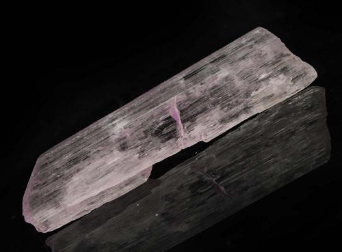 Pink Kunzite Natural Wand 3