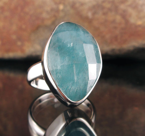 Aquamarine Ring 15