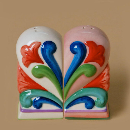 Jim Shore Heartwood Creek Salt Pepper Shakers Heart #4025875