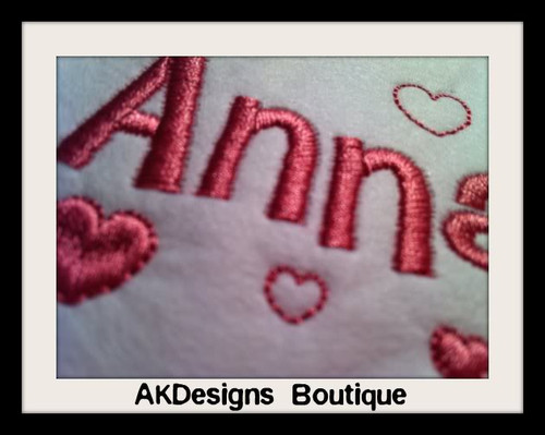 No 330 Viola Heart Font Machine Embroidery Designs 1 inch high