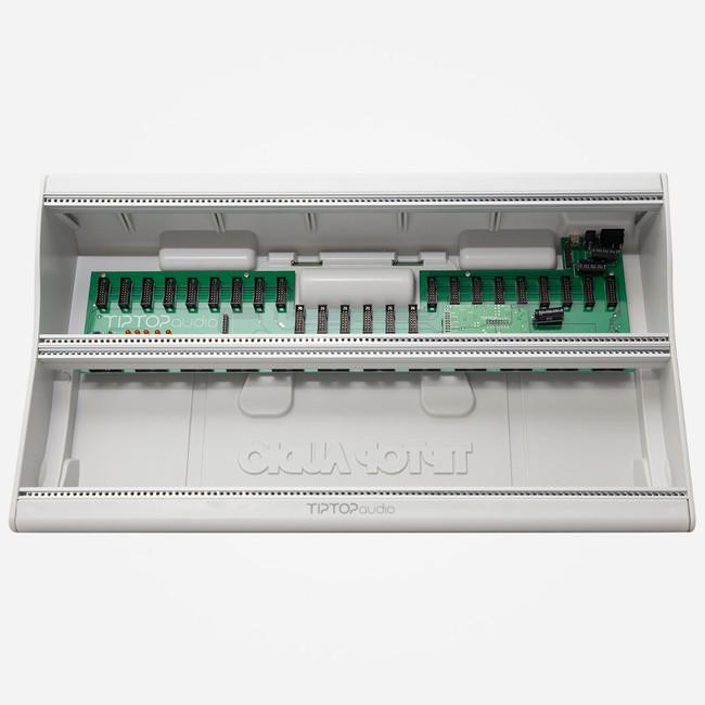 Tip Top Audio MANTIS CASE Eurorack 6u 104hp Case and Power Supply